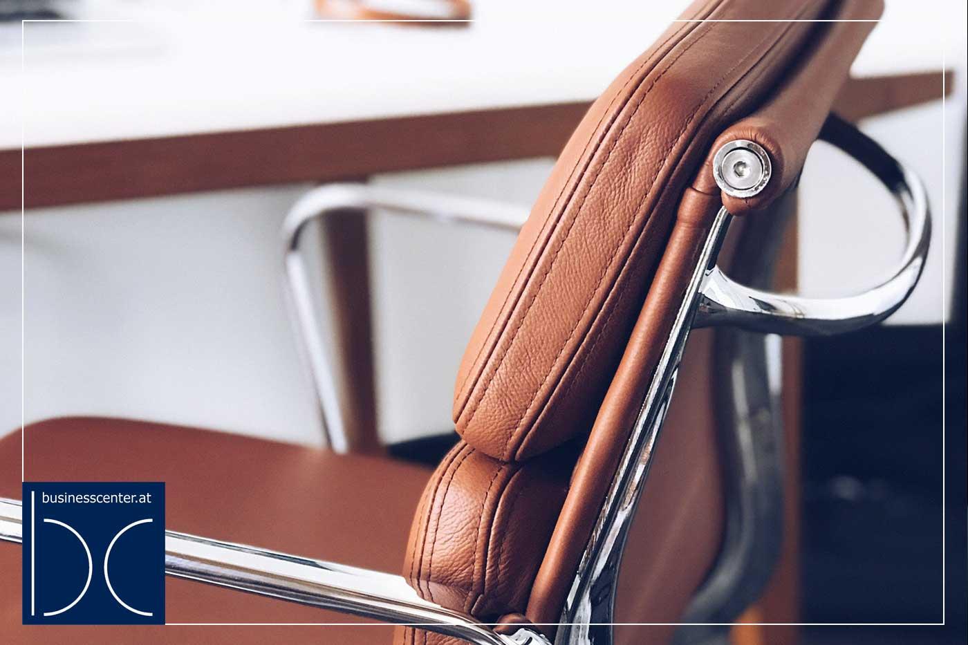 Haltung im Büro verbessern – 5 Tipps für einen gesünderen Rücken